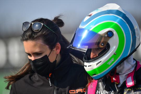 Motorsport tutto al femminile con Natalia Balbo e Manuela Gostner!
