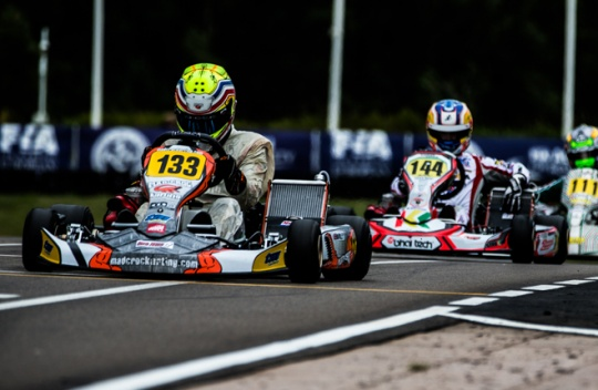 Hanley (KF) e Sun (KFJ) si aggiudicano la pole per la prefinale