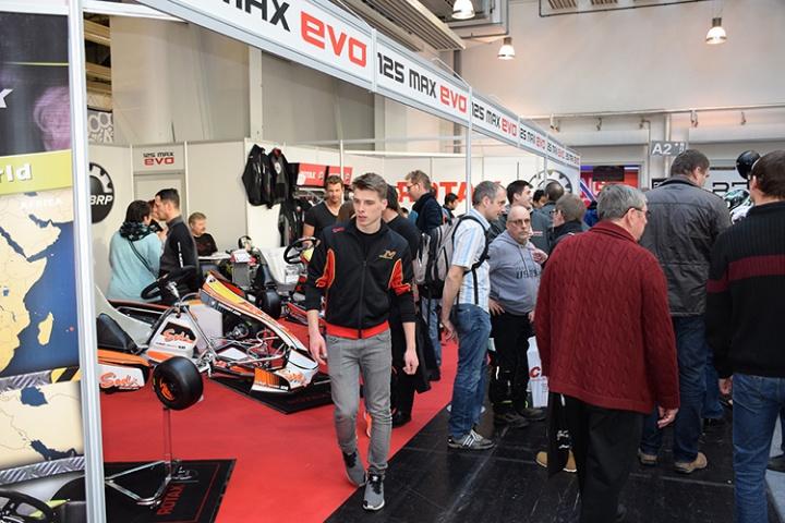 IKA Kart2000 - Continua il successo della fiera tedesca del kart