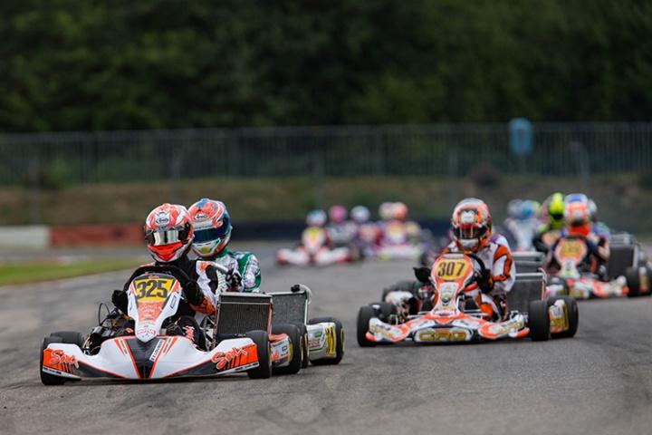 Schmitz davanti a 3 italiani in KZ2